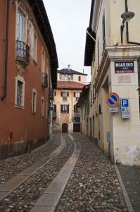 quadrifoglio-blu-6-Miasino,-Piazza-Beltrami